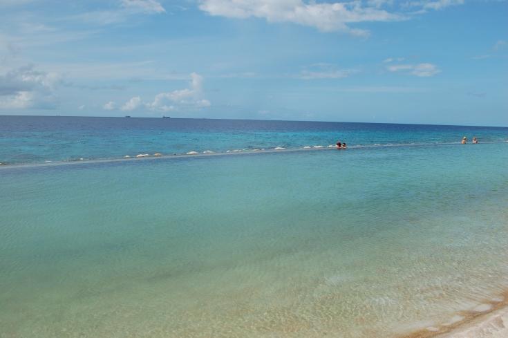 Papagayo Beach Club Pool